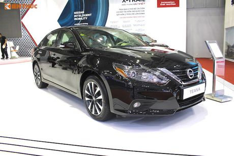 Nissan Teana 2017 'chot gia' 1,49 ty dong tai Viet Nam - Anh 1