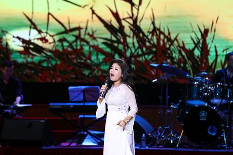 Che Linh 'dung hinh' khi MC Ky Duyen muon lam vo thu 5 - Anh 9