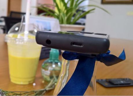 Kham pha 'de' 2 SIM Nokia 216 chup anh Selfie an tuong - Anh 5