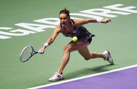 DKVD Radwanska gianh ve cuoi cung vao ban ket WTA Finals 2016 - Anh 1
