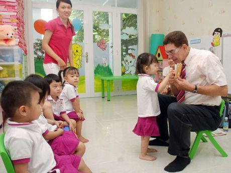 Bac Ninh: Thi diem cho tre mam non lam quen voi tieng Anh - Anh 1