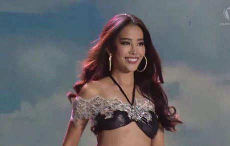 """Ecuador dang quang """"Miss Earth"""", Nam Em vao top 8 - Anh 1"""