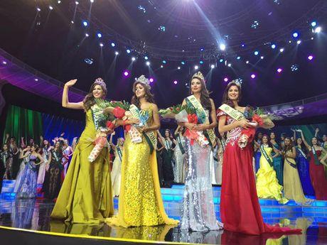 """Ecuador dang quang """"Miss Earth"""", Nam Em vao top 8 - Anh 2"""
