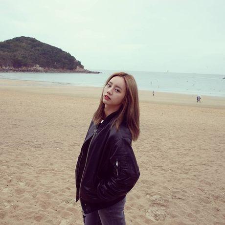 Sao Han 29/10: Seol Hyun hoa meo de thuong, Jessica di shopping sang chanh - Anh 5