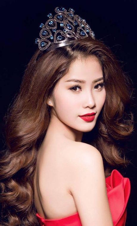 Co hoi nao cho Nam Em toa sang tai Chung ket Hoa hau Trai dat 2016? - Anh 1