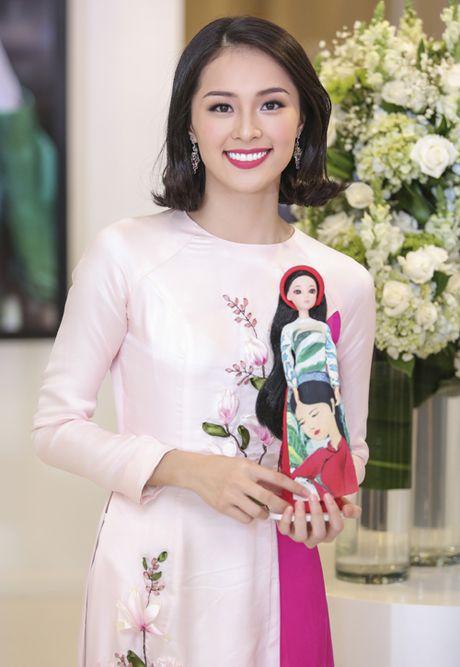 'Nang Tam' Ha Vi than thiet ben Pham Huong - Anh 2