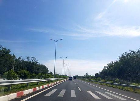 Nghiem thu hoan thanh du an duong cao toc TP HCM-Long Thanh-Dau Giay - Anh 3