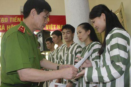 Chap hanh hinh phat tu bao lau thi duoc giam an? - Anh 1