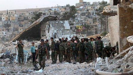 Quan doi Syria gianh lai quyen kiem soat thanh pho Soran - Anh 1