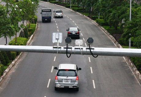 Cao toc Noi Bai – Lao Cai dung 58 camera giam sat vi pham an toan giao thong - Anh 1