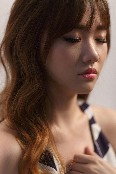 1001 cach 'hanh ha' quan ly sieu de thuong cua Hari Won - Anh 7