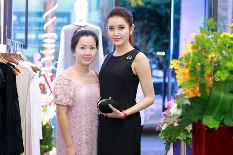 Ban co biet nhung 'canh tay phai' dac biet nay cua sao Viet? - Anh 14