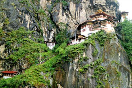 Bhutan 'Thien duong ha gioi cuoi cung' dang gang giu minh - Anh 1