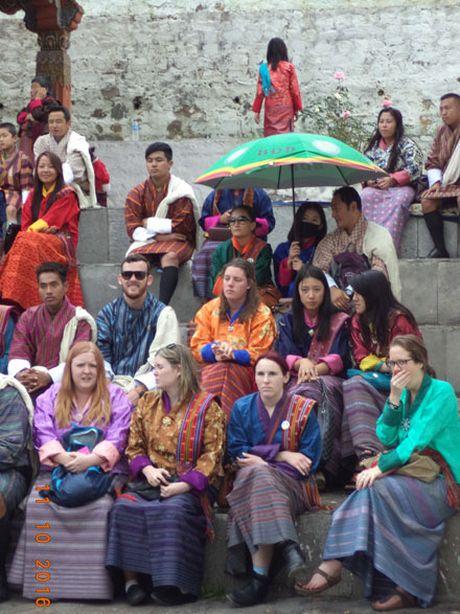 Bhutan 'Thien duong ha gioi cuoi cung' dang gang giu minh - Anh 4