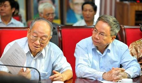 Them mot cuon sach minh chung cho tinh huu nghi Viet - Trung - Anh 12