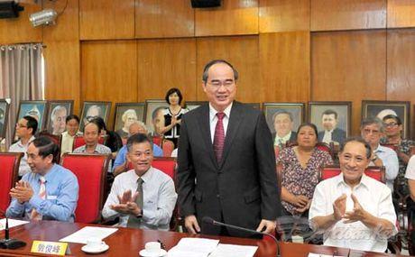 Them mot cuon sach minh chung cho tinh huu nghi Viet - Trung - Anh 4
