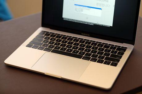 Mo hop MacBook Pro 2016 sieu mong ve VN gia 38 trieu dong - Anh 10