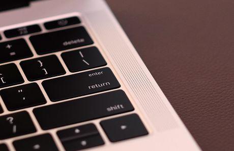 Mo hop MacBook Pro 2016 sieu mong ve VN gia 38 trieu dong - Anh 11