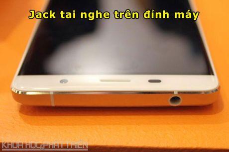 Can canh smartphone cam bien van tay, RAM 3 GB, gia hap dan - Anh 10
