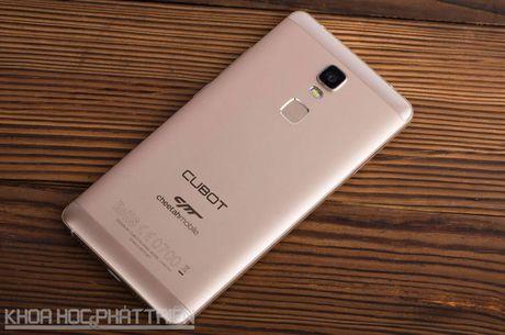 Can canh smartphone cam bien van tay, RAM 3 GB, gia hap dan - Anh 26
