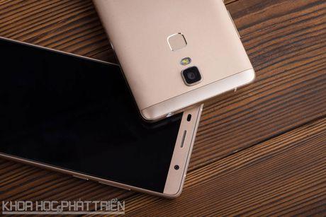 Can canh smartphone cam bien van tay, RAM 3 GB, gia hap dan - Anh 27