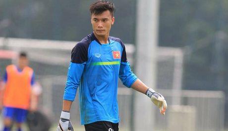Truyen thong AFC 'nga mu' voi man trinh dien cua Tien Dung - Anh 1
