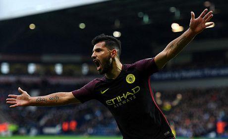 Man City thang '4 sao', Pep tim lai nu cuoi - Anh 1