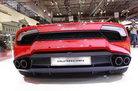 Chiem nguong 'Khung long tam sac' Lamborghini Huracan LP 580-2 - Anh 10