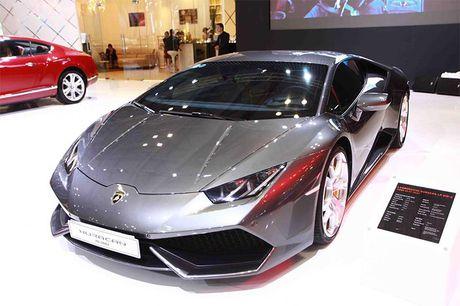 Chiem nguong 'Khung long tam sac' Lamborghini Huracan LP 580-2 - Anh 4