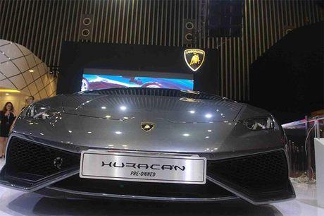 Chiem nguong 'Khung long tam sac' Lamborghini Huracan LP 580-2 - Anh 6