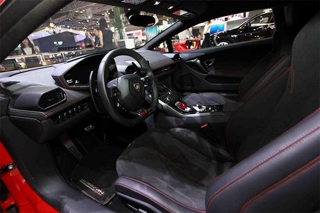 Chiem nguong 'Khung long tam sac' Lamborghini Huracan LP 580-2 - Anh 8