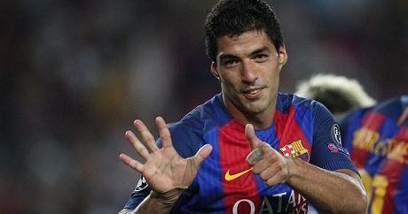 CAP NHAT toi 29/10: Mourinho va Guardiola tranh Suarez. Pogba co the tro thanh 'Vieira moi' - Anh 1