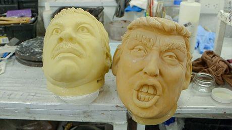 Mat na Trump 'chay hang', duoc yeu thich hon mat na Clinton trong dip Halloween 2016 - Anh 6