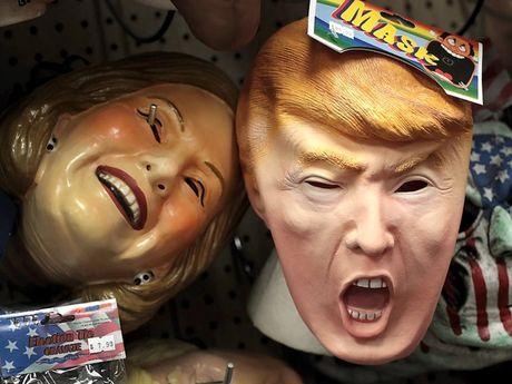 Mat na Trump 'chay hang', duoc yeu thich hon mat na Clinton trong dip Halloween 2016 - Anh 7