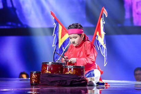 Giong hat Viet nhi 2016: 'Chien binh' da nang Trinh Nhat Minh len ngoi - Anh 2
