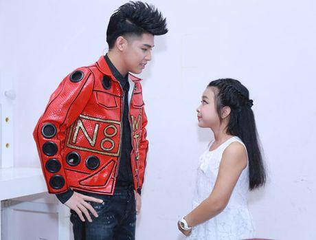 Dong Nhi va ban trai de trong ghe nong khien The Voice Kids 'nao loan' - Anh 5