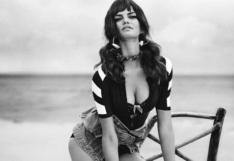 Ve sexy khong cuong noi cua Barbara Fialho - Anh 7