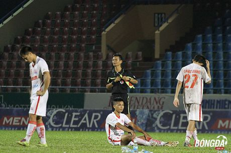 Ban ha U21 HAGL tren loat dau sung, U21 Khanh Hoa vao chung ket - Anh 12