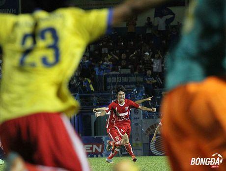Ban ha U21 HAGL tren loat dau sung, U21 Khanh Hoa vao chung ket - Anh 9