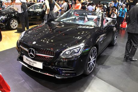 Can canh Mercedes-AMG SLC 43 gia 3,619 ty tai VN - Anh 2