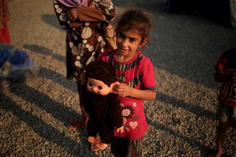 Nhung tre em Iraq dang thuong chay loan o Mosul - Anh 11