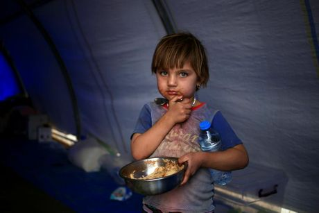 Nhung tre em Iraq dang thuong chay loan o Mosul - Anh 5