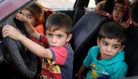 Nhung tre em Iraq dang thuong chay loan o Mosul - Anh 6