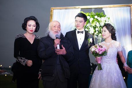Cuoc song ngap nhung lua cua ca nuong Kieu Anh sau lay chong dai gia - Anh 2