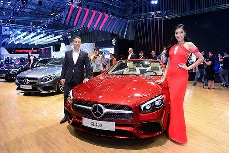Ngam dan xe sang Mercedes tai VIMS 2016 - Anh 2