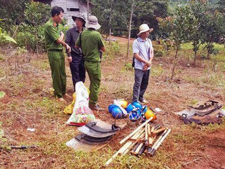 Vu no sung o Dak Nong: Vo Dang Van Hien duoc cho ve, tha 1 nghi can - Anh 2