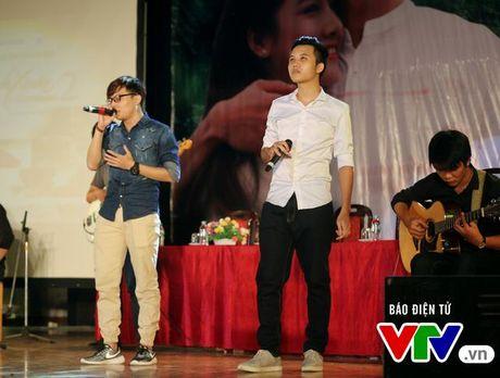 """Hon Nha Phuong bat thanh, Kang Tae Oh """"tay trong tay"""" voi Manh Truong - Anh 18"""