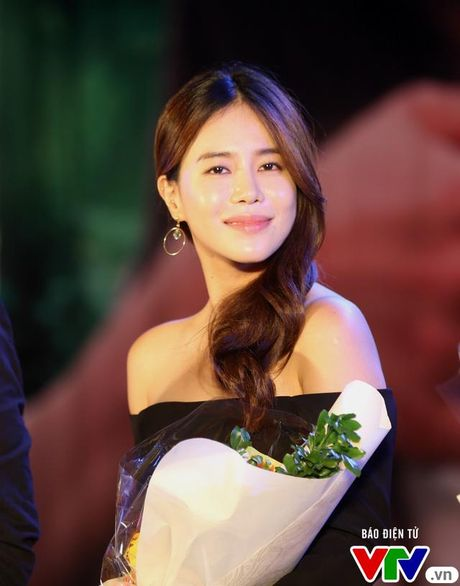 """Hon Nha Phuong bat thanh, Kang Tae Oh """"tay trong tay"""" voi Manh Truong - Anh 3"""