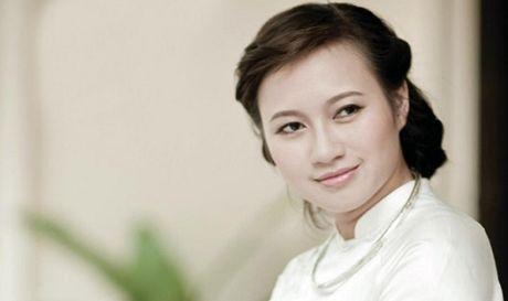 Ca si Khanh Linh: Hanh phuc vua du de tam hon luon ngot ngao - Anh 1