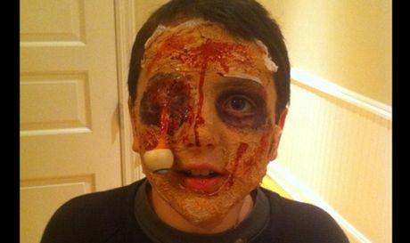 Kieu hoa trang Halloween kinh di khien nguoi xem 'son gai oc' - Anh 1